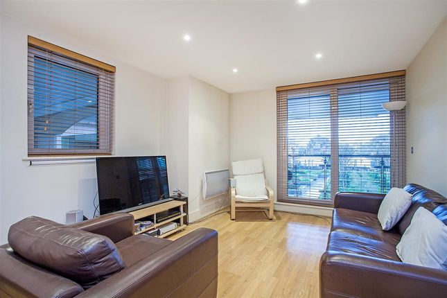 Thumbnail Flat to rent in Galleon House, St. George Wharf