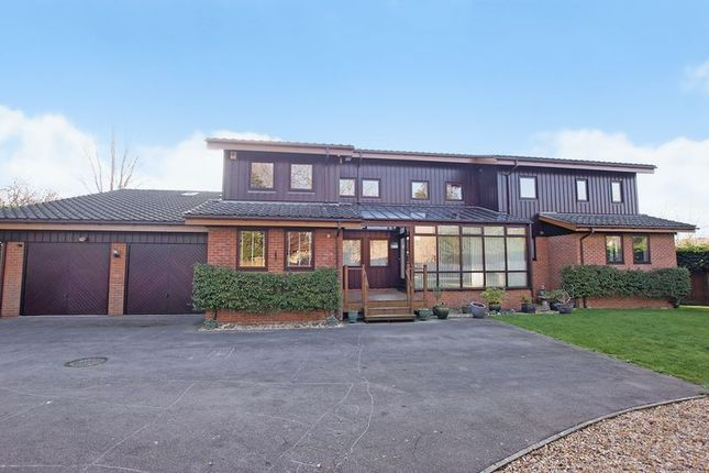 Thumbnail Detached house for sale in Romyns Court, Fareham