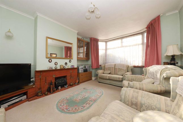 Living Room of Grosvenor Crescent, Hillingdon UB10