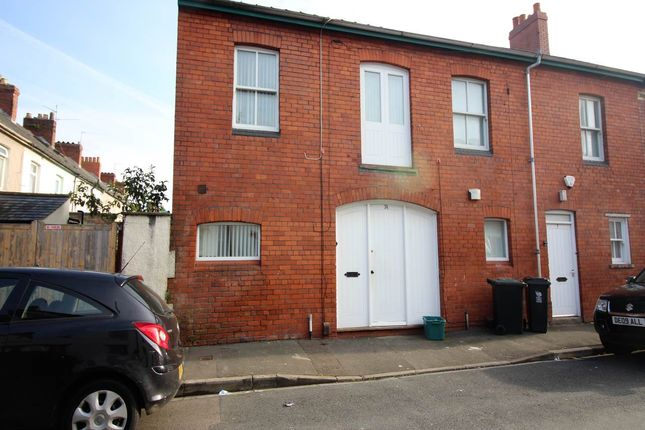 3 bed property for sale in West Market Street, Newport