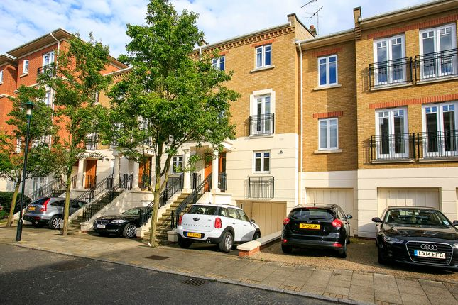 Thumbnail Town house to rent in Arosa Road, East Twickenham