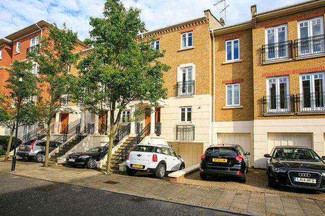Thumbnail Town house to rent in Arosa Road, East Twickenham