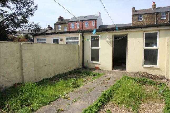 Picture No. 08 of Edwin Street, Gravesend, Kent DA12