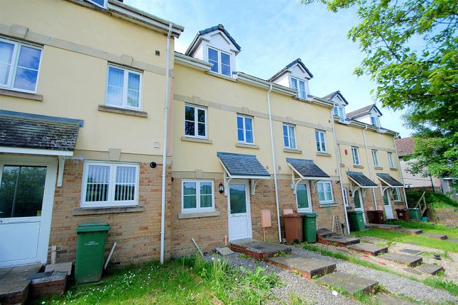 Thumbnail Town house for sale in Lakeside Drive, Plymouth