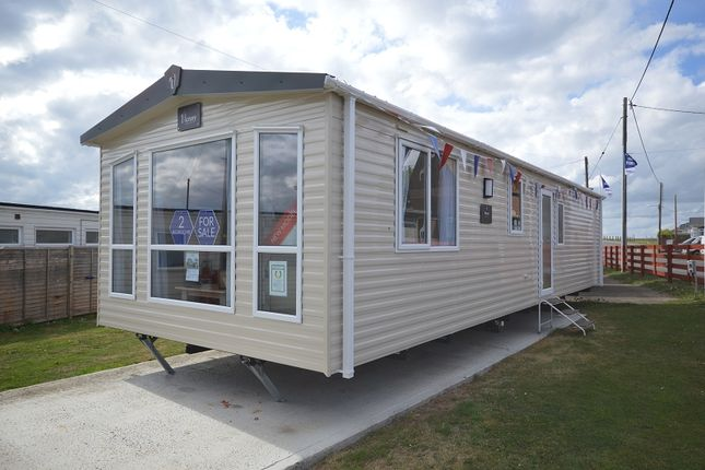 Mobile/park home for sale in Alberta Holiday Park, Seasalter, Whitstable, Kent.