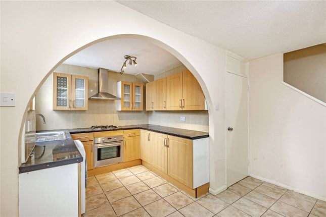 3 bed terraced house to rent in Balham Park Road, Balham SW12