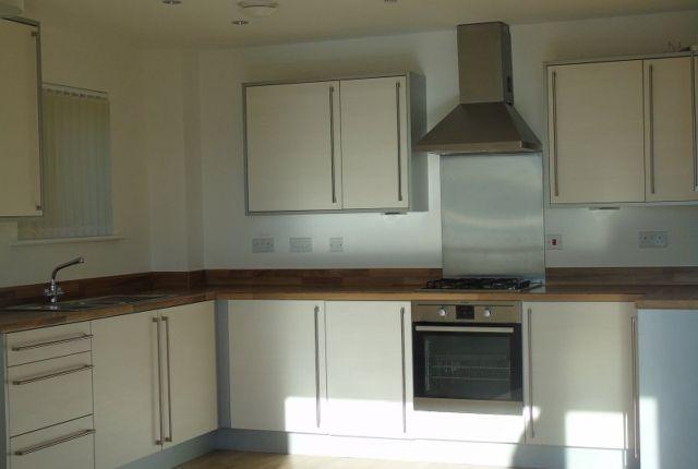 Thumbnail Flat to rent in Bwlchygwynt, Llanelli