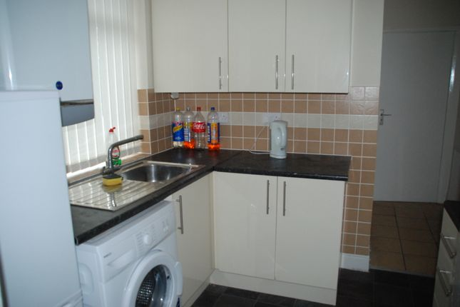 Thumbnail Flat to rent in Castleside Road, Newcastle Upon Tyne