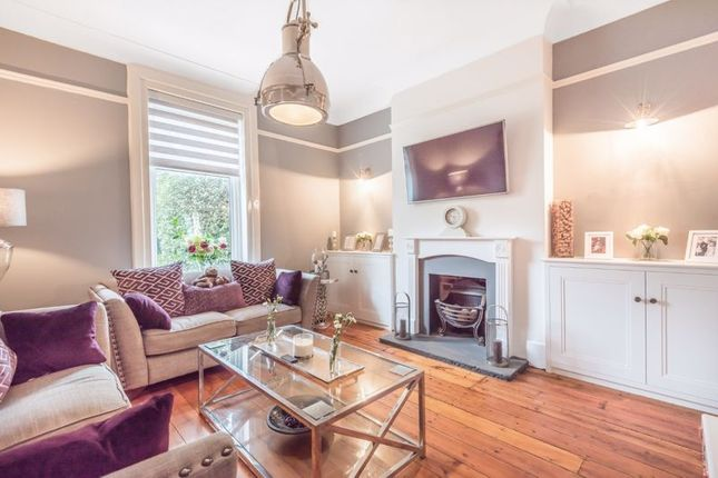 Flat for sale in Valley Road, Kenley