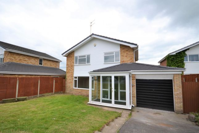 Thumbnail Detached house for sale in Woodstock Close, Macclesfield
