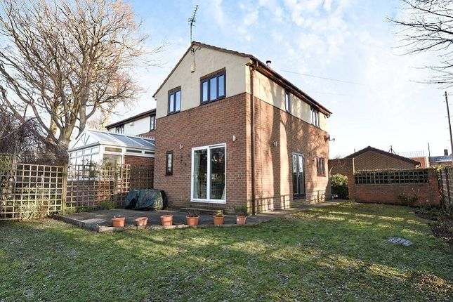 Thumbnail Detached house for sale in Wensley Avenue, Leeds