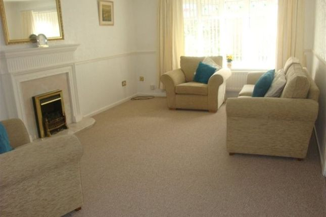 3 bed property to rent in Bruce Close, South Shields