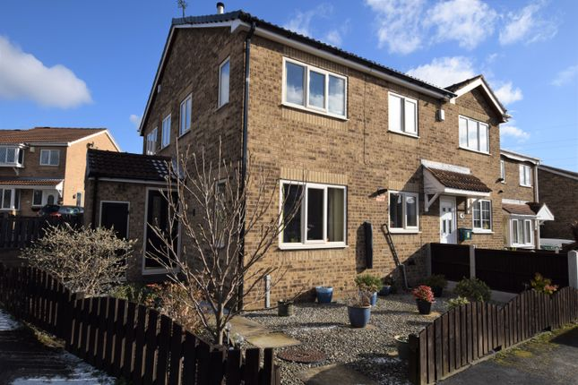 1 bed mews house to rent in Maythorne Close, Staincross, Barnsley S75
