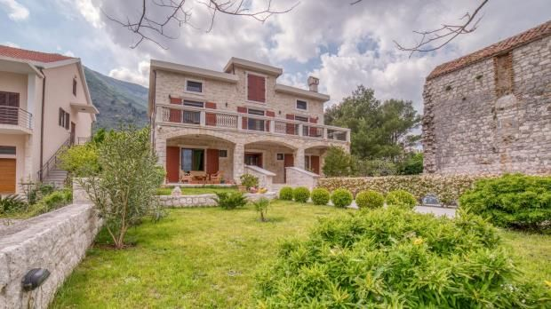 Thumbnail Property for sale in Waterfront Mansion In Prcanj, Kotor Bay, Montenegro
