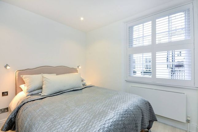 Thumbnail Property to rent in Eaton Terrace Mews, Belgravia