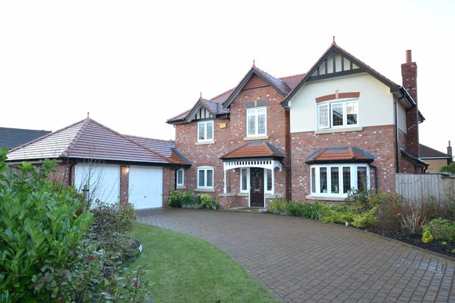 Thumbnail Detached house to rent in Hendon Close, Wilmslow