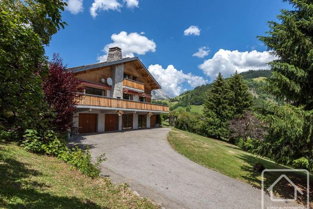 Chalet for sale in Rhône-Alpes, Haute-Savoie, Le Grand-Bornand