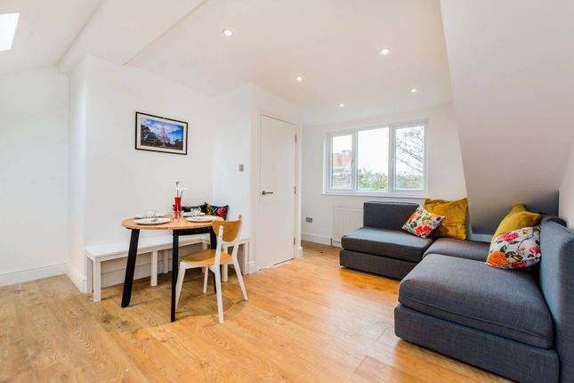 Thumbnail Flat for sale in Marlborough Road, Bounds Green