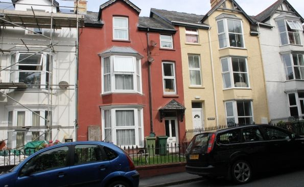 Thumbnail Flat to rent in Maisonette Flat, Ashley House, Cliff Terrace, Aberystwyth