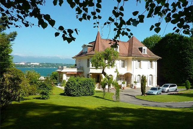 Thumbnail Villa for sale in Spectacular Geneva Lake, Geneva, Geneva, Switzerland