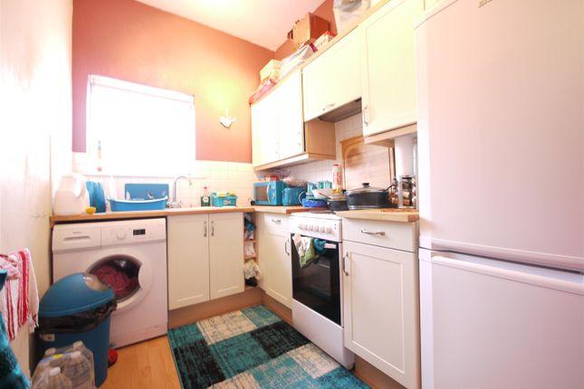 Kitchen - 4 Hayden House
