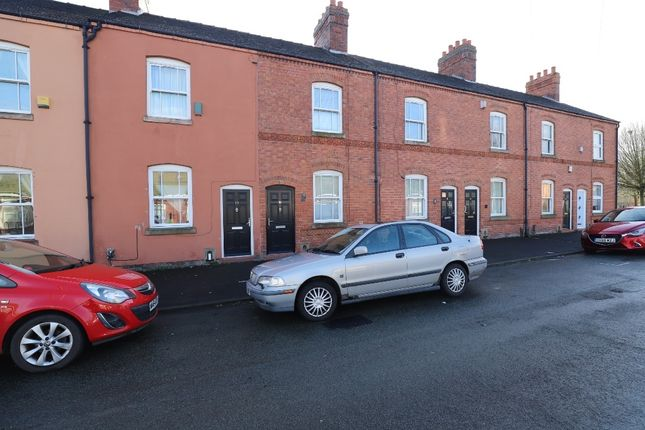 4 bed terraced house to rent in Chapel Street, Newcastle-Under-Lyme ST5