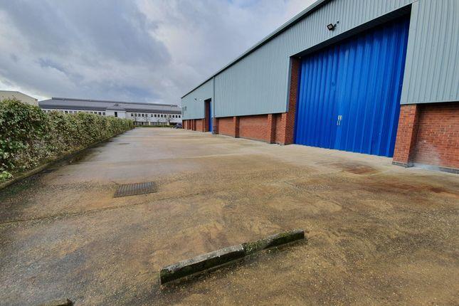 Thumbnail Warehouse to let in Dunmow Road, Bishops Stortford