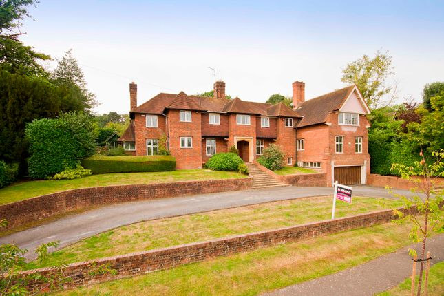 Thumbnail Detached house for sale in Astons Road, Moor Park, Middlesex