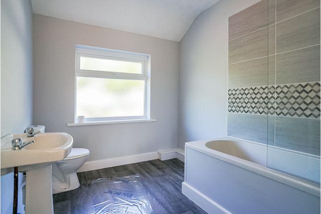 Bathroom of Hawkesyard Road, Birmingham B24