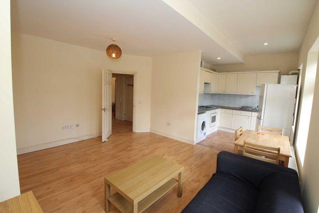 Thumbnail Flat to rent in Leighton Buzzard Road, Hemel Hempstead