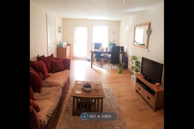 Flat to rent in Montgomery Road, Sheffield