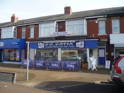 Thumbnail Commercial property for sale in Restaurant & Two Bed Flat, 15-17A, Westcliffe Drive, Layton, Blackpool, Lancashire