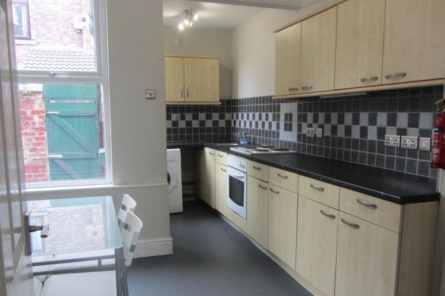 Thumbnail Terraced house to rent in Earlsfield Road, Wavertree, Liverpool