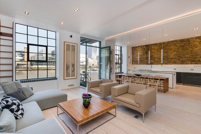 Thumbnail Flat to rent in Clink Street, London