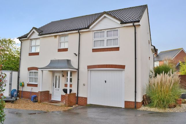 Thumbnail Detached house for sale in Pindar Place, Newbury