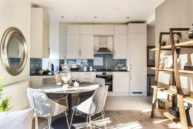 Thumbnail Flat for sale in Hipley Street, Woking