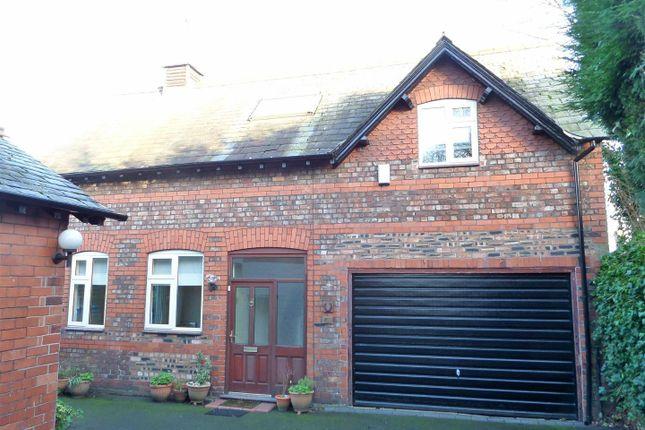 Thumbnail Detached house to rent in Walton Road, Stockton Heath, Warrington