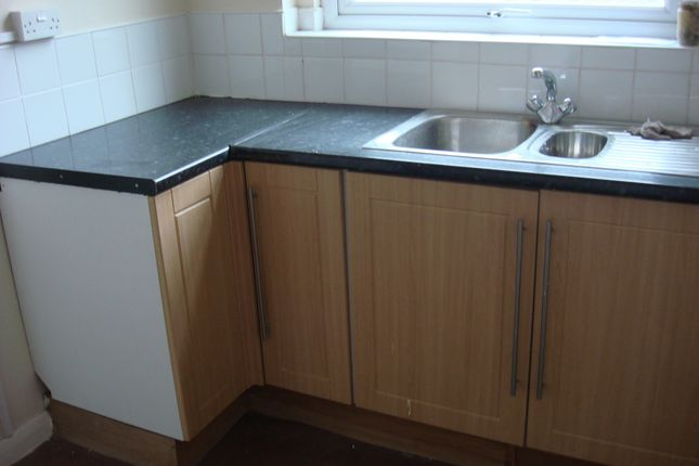 Kitchen - 2 Bedroom Flat For Rent In Wath-Upon-Dearne, Rotherham