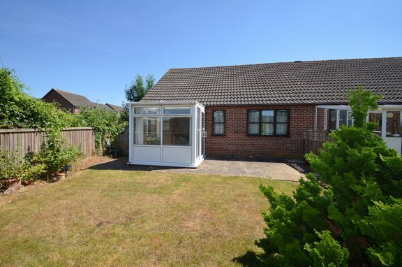 Thumbnail Semi-detached bungalow for sale in Fairfield Gardens, Honiton