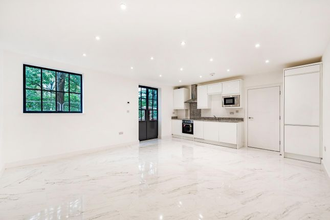 Thumbnail Flat to rent in Station Road, Imperial Court, Colliers Wood
