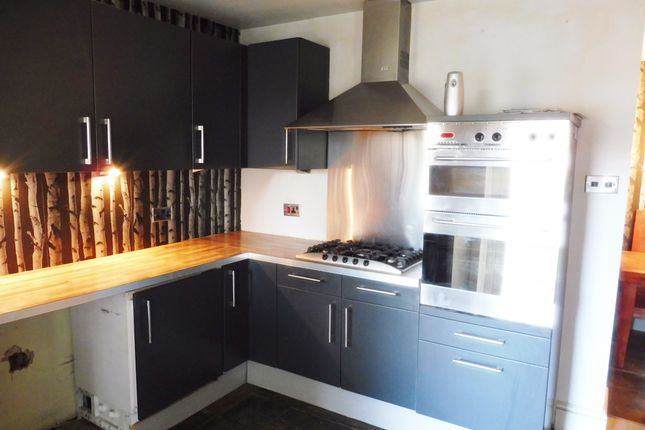 Kitchen of Queens Gardens, Wombwell Barnsley S73