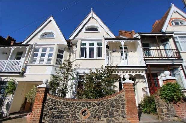 5 bed terraced house for sale in Leigh Cliff Road, Leigh-On-Sea, Essex