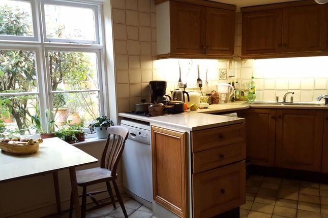 6 bed property to rent in Salisbury Street, Cranborne, Wimborne