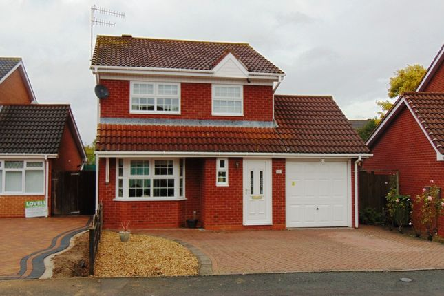 Thumbnail Detached house for sale in Celandine Way, Evesham