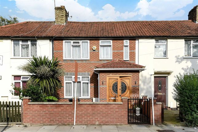 Thumbnail Property for sale in Kilmington Road, London