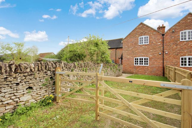 Thumbnail Semi-detached house to rent in Thrupp Farm Cottage, Thrupp Farm, Littleworth, Faringdon