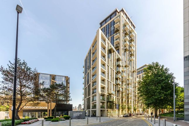Thumbnail Flat to rent in Admiralty House 150 Vaughan Way, London
