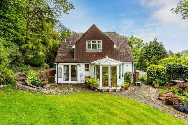 Thumbnail Detached house for sale in Ballards Farm Road, Croydon