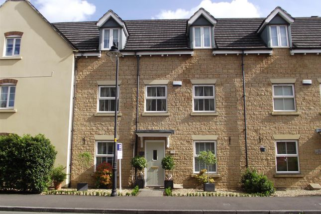 Thumbnail Town house for sale in Buzzard Road, Calne