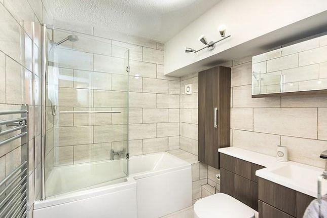 Bathroom of Fort Picklecombe, Maker PL10